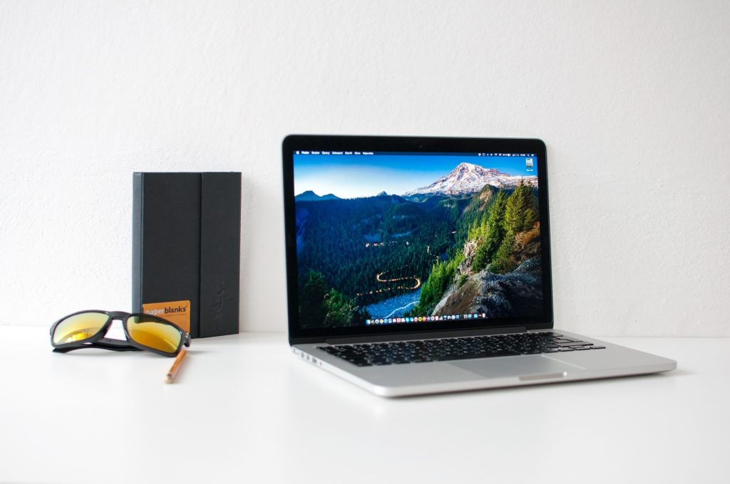 [大学生]僕のMacBook Proのスペック、アプリなど公開[おすすめあり]